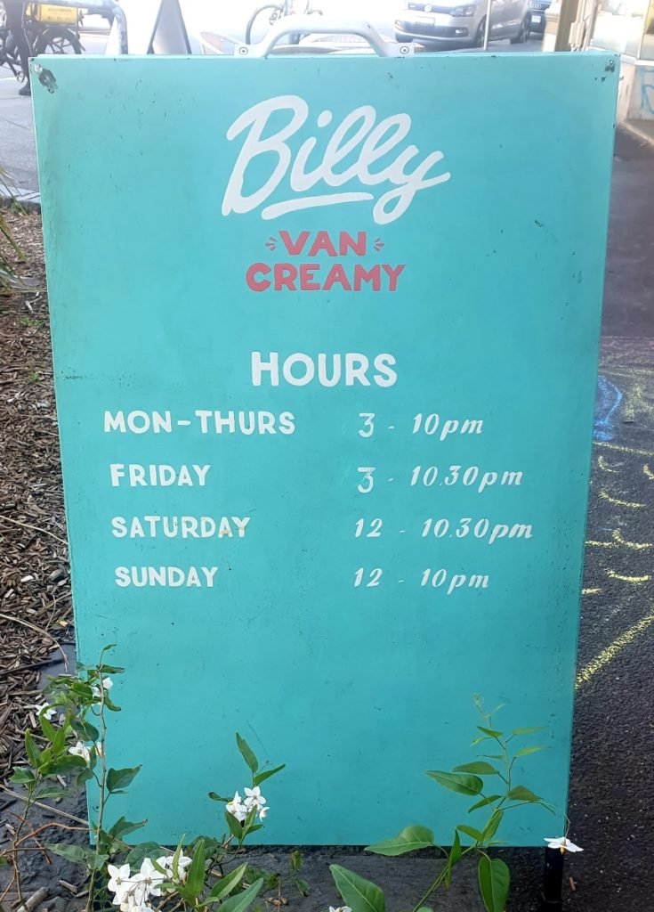 Billy van Creamy opening hours sign