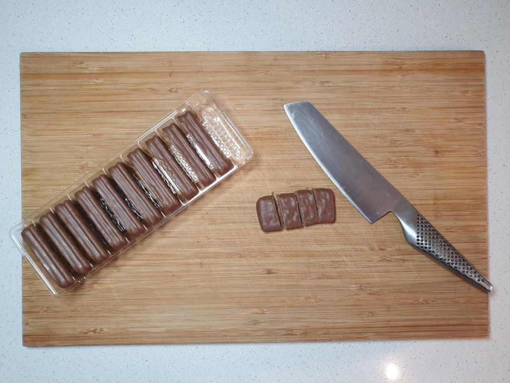 Cutting up tim tams