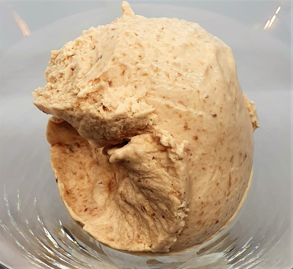 Nectarine-icecream