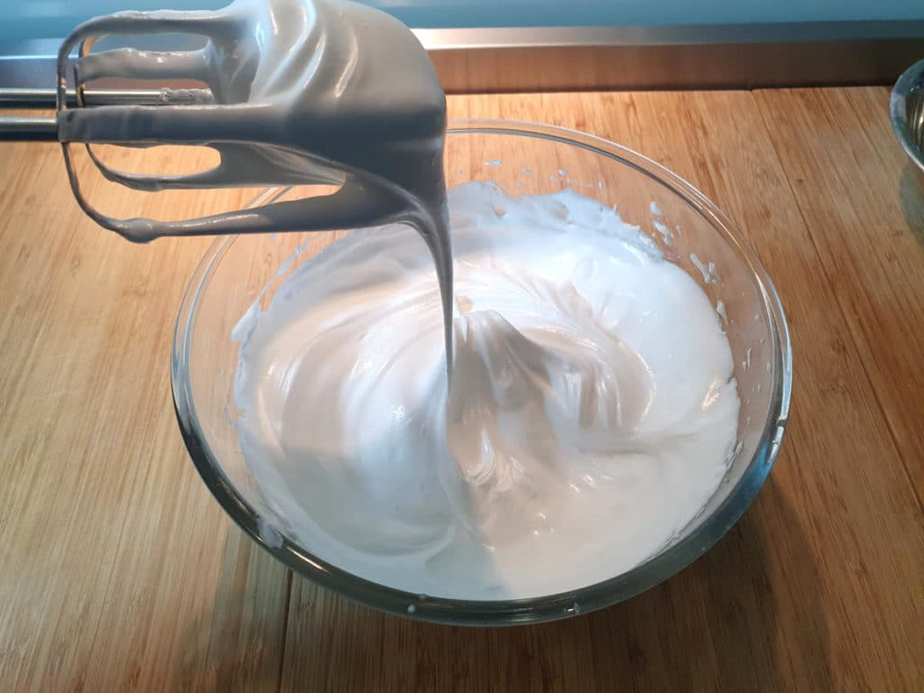 Ready to pipe meringue mix