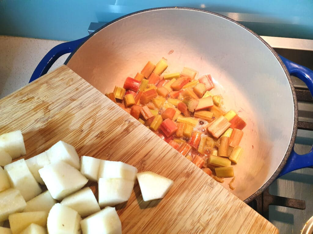 Adding rhubarb and pear to pot