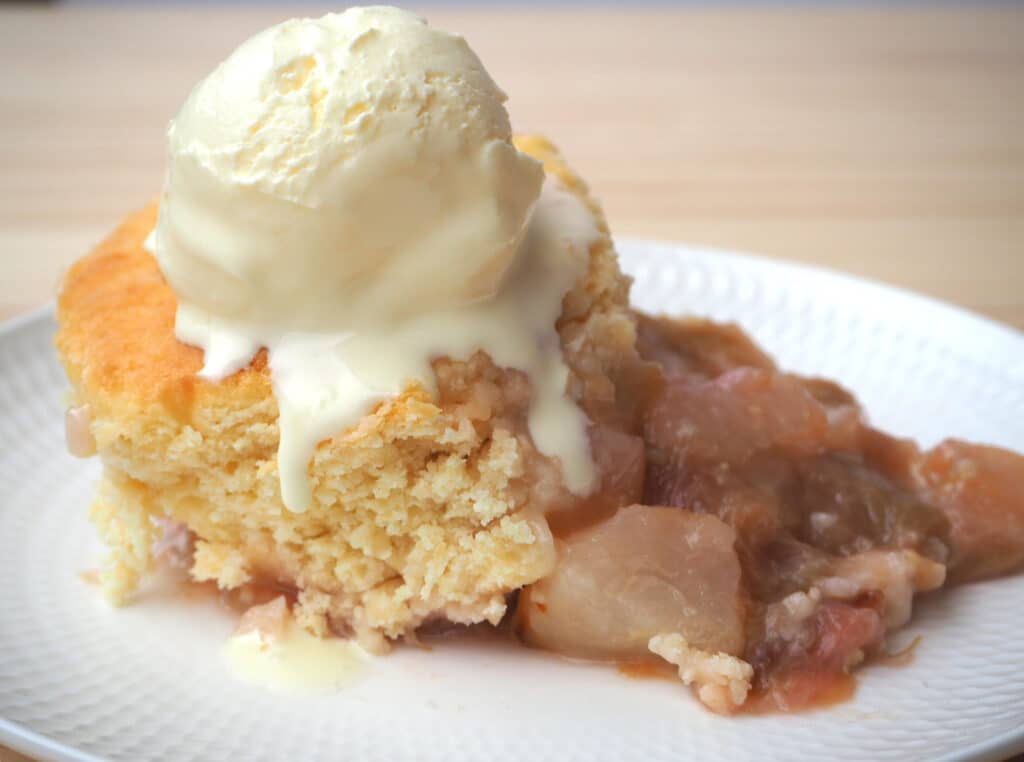 pear and rhubarb cobbler with ice cream