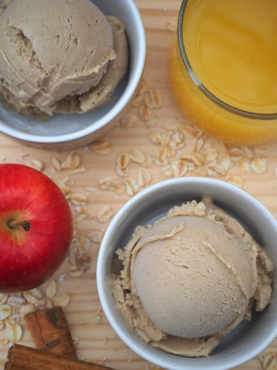 Cinnamon apple oat ice cream vertical with juice