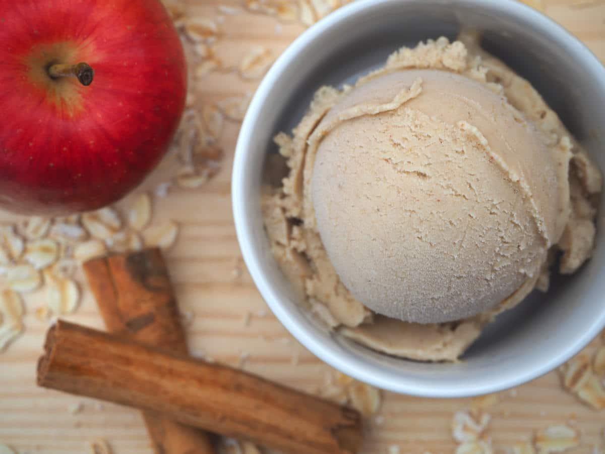 Cinnamon apple oat ice cream