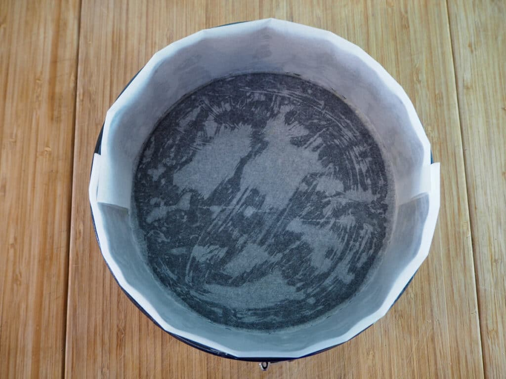 Springform cake tin greased and lined with baking paper on the bottom and sides.